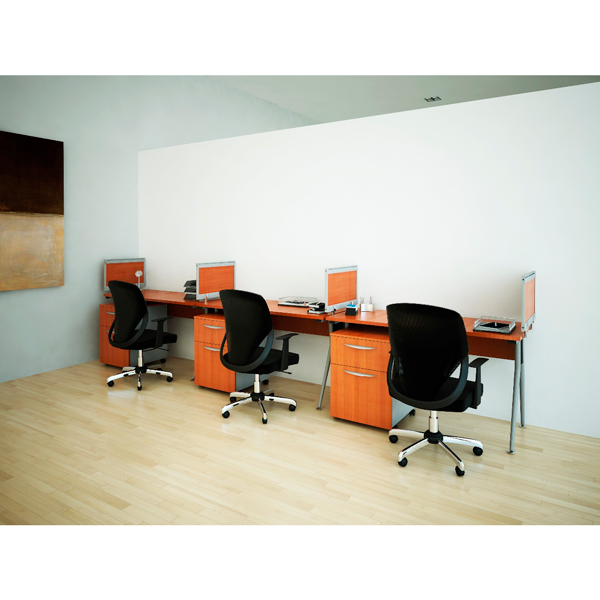 Conjunto operativo eos con mamparas for Muebles de oficina haken